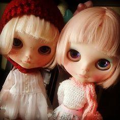 Duda e Júlia <3 #blythecom #blythe #blythes #welovedolls #weloveblythes #dollsbrasil #dolls #colecaoblythe #euamoblythe #boneca #BRdolls #fofuras #fofurices #instaphotos   Flickr - Photo Sharing!