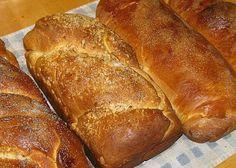 de toate: cozonac cu vanilie                ... Hot Dog Buns, Hot Dogs, Bread, Food, Meal, Brot, Eten, Breads, Meals