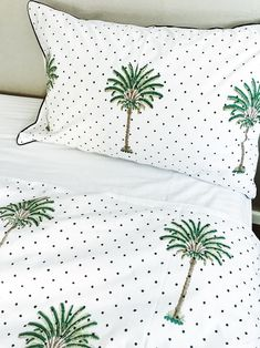 Shop now Polka Dot Palm Tree Quilt Cover -Queen Size at Peacocks and Paisleys Bed Covers, Cushion Covers, Queen Size, King Size, Palm Tree Bedding, Faux Blinds, Kantha Quilt, Quilts, Apartment Makeover