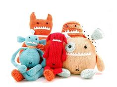 Danger Crafts Knitting Patterns - I'm not an expert when it comes to knitting, but if these hilarious monster toys are what you can make with Danger Crafts knitting patterns, t. Sock Monster, Monster Toys, Monster Party, Monster Mash, Crochet Toys, Knit Crochet, Crochet Animals, How To Start Knitting, Crafts For Teens
