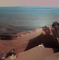 Photos taken by the Mars Robot are Way Better than Our Holiday Snaps