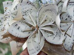 Vintage Sheet Music Origami Flower Bouquet par GracelinePaperStudio, $27.00