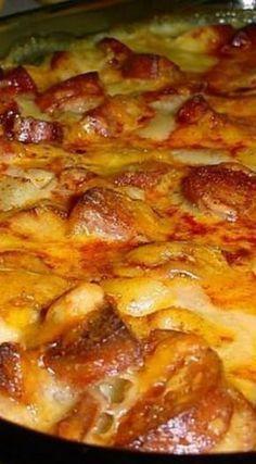 Cheesy Smoked Sausage & Potato Casserole Recipe #comfortfood #casserole #easydinner