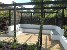 Contemporary Garden, Silchester, Berkshire, Built-in Seating Area Black Pergola, Curved Pergola, Pergola With Roof, Pergola Lighting, Pergola Shade, Patio Roof, Pergola Plans, Backyard Patio, Gardens
