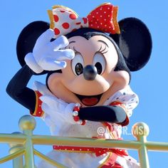 Minnie Mouse Images, Fun Songs, Disney Plus, Disney Channel, Berry, Singing, Disney Characters, Bury