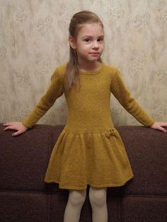 "Photo from album ""Мои on Yandex.Disk – Knitting patterns, knitting designs, knitting for beginners. Baby Knitting Patterns, Knitting For Kids, Baby Girl Party Dresses, Girls Dresses, Diy Knitting Projects, Knit Baby Dress, Baby Pullover, Baby Girl Winter, Diy Dress"