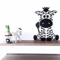10 mønstre til perleplade | Kreativ med ungerne Hama Beads Animals, Beaded Animals, Fuse Beads, Perler Beads, Hama Mini, Hama Beads Design, Beaded Cross Stitch, Baby Design, Diy For Kids