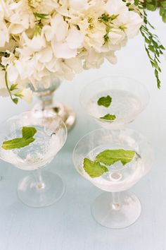 Champagne Mojito // Image by Katie Stoops Photography for Southern Weddings Magazine