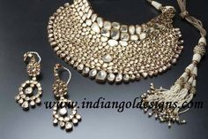 Beautiful kundan jewellery wow....