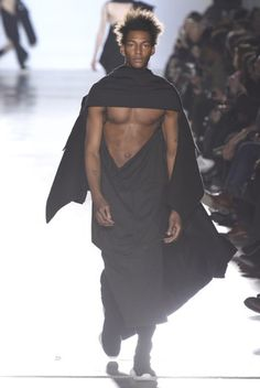 Paris Fashion Week Fall '15: Rick Owens