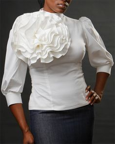 flower blouse looser tho lol but adorable Church Outfits, Church Attire, Church Clothes, Church Dresses, Fashion Outfits, Womens Fashion, Fashion Tips, Fashion Styles, Fashion Ideas