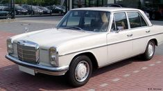 Mercedes W114, Mercedes Benz Autos, Mercedes E Class, Mercedes Benz Cars, Mercedes Classic Cars, M Benz, Old Vintage Cars, Bmw Alpina, Porsche