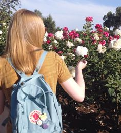 Fjallraven bags #flowers #outdoors