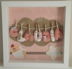 Cuadro en fieltro 25cm x 25 cm con tela de fondo. Felt frame Baby Crafts, Felt Crafts, Diy And Crafts, Box Frame Art, Box Frames, Sewing Projects, Projects To Try, Diy Y Manualidades, Baby Frame