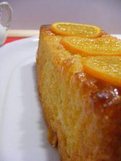 bizcocho de naranja con sémola y almendra / - 3 huevos -120 gr. de azúcar -1 cucharada de ralladura de piel de naranja -40 ml de zumo de naranja - 45 gr. de sémola fina -45 gr. de almendra molida o harina de almendra -45 gr de Harina para bizcochos y magdalenas Santa Rita. Para el baño: El zumo de dos naranjas -2 cucharadas soperas de azúcar morena -1 cucharada de agua azahar -2 cucharadas de ron (opcional)