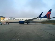 N834DN, Delta's first 737-900ER with split scimitar winglets // ~x