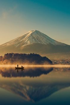 Mount fuji at Lake kawaguchiko, Sunrise  by Pongnathee Kluaythong