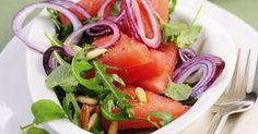 Pikanter Melonen-Rucola-Salat mit Feta und Zitronendressing ist ein Rezept mit frischen Zutaten aus der Kategorie Obstsalat. Probieren Sie dieses und weitere Rezepte von EAT SMARTER!