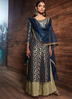Dark Blue and Gold Banarsi Jacquard Palazzo Suit Dress Indian Style, Indian Fashion Dresses, Indian Designer Outfits, Indian Outfits, Pakistani Dresses, Indian Wear, Modest Fashion, Stylish Dress Designs, Designs For Dresses