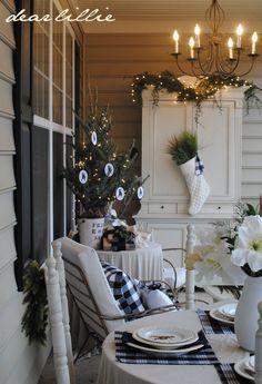 Christmas Porch - Drop Dead Gorgeous !