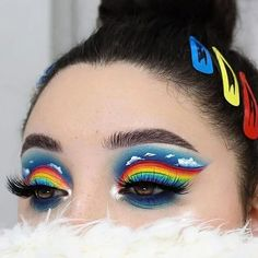 make up artistique fantasy makeup face art Makeup Eye Looks, Eye Makeup Art, Colorful Eye Makeup, Crazy Makeup, Cute Makeup, Pretty Makeup, Eyeshadow Makeup, Crazy Eyeshadow, Makeup Meme