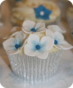 Wedding Consultation Cupcakes by The Clever Little Cupcake Company (Amanda), via Flickr