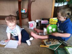 Tips for families to create tactile books and other literacy materials for young children who are blind or visually impaired, deafblind or who have multiple disabilities