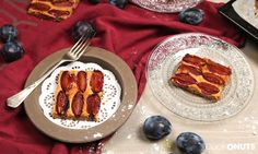 Easy Cake Recipes : You have to try it: Our plum cake with cardamom and ma . Plum Cake, Ground Almonds, Easy Cake Recipes, Gluten Free Baking, Almond Flour, French Toast, Coconut, Breakfast, Glutenfree