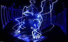 Sasha Shadylady Gendall repping the lady DJs right now in studio 1, keep it Motiv8 Radio  STUDIO 1 http://motiv8radiofm.co.uk/index/studio1/0-4  STUDIO 1: http://tunein.com/radio/Motiv8-Radio-FM-s186671/