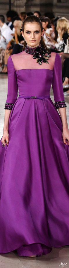 Evening dresses u 352 dive Beautiful Gowns, Beautiful Outfits, Glamour, Purple Fashion, High End Fashion, Purple Dress, Runway Fashion, Evening Dresses, Dress Up