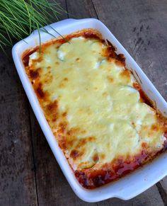 Rakott cukkini - GastroHobbi Mozzarella, Lasagna, Pizza, Ethnic Recipes, Food, Essen, Meals, Yemek, Lasagne
