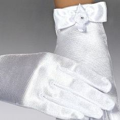 Communion Gloves White Satin with Bow and Rosette with Diamonte - A84 - Stretchy First Holy Communion Gloves for Girls Daughter, Granddaughter