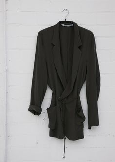 Estilo minimalista para ropa de mujer, Monique van Heist