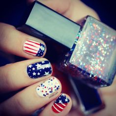 4th of July mani! Mani by Pshiiit using our United States Of Glitter ❤ www.shopncla.com