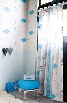 Tapeten Mit Muster Junge Zimmer Blaue Wolken Vorhänge