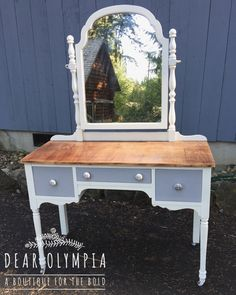 Painted vanity using CeCe Caldwells Paints natural chalk + clay paint - Vintage White and Seattle Mist with Endurance Finish and Waxing Cream / dig / cottage style / shabby chic #Dearolympia #cececaldwellspaints
