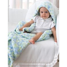Blanket with Hood in Bernat Pipsqueak