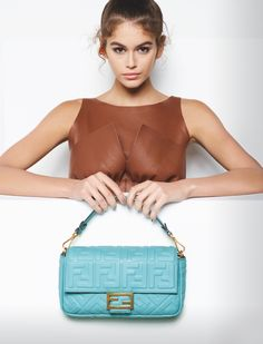 Explore the new Fendi Women's Spring/Summer 2019 Advertising Campaign shot by Karl Lagerfeld, featuring models Kaia Gerber, Adut Akech and Anok Yai. Kaia Gerber, Kaia And Presley Gerber, Kaia Jordan Gerber, Karl Lagerfeld Fendi, Cindy Crawford Daughter, Campaign Fashion, Luxury Bags, Coco Chanel, Fashion Photo