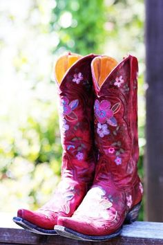 Beautiful Cowgirl boots. - from Whispering Winds