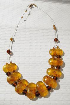 collana girocollo ambrato