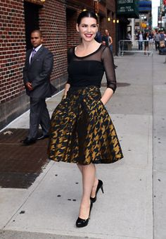 I pinned this b/c of the skirt. love the shape & style of it. and it has pockets! #fashion