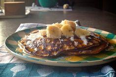 Flourless Pumpkin Spice Pancakes