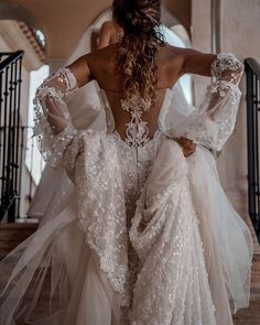 Michigan Trunk Show Dear Bride-to-be, this is your time to say YES TO THE DRESS! Wedding Goals, Boho Wedding, Wedding Day, Lace Weddings, Ivory Wedding, Luxury Wedding, Wedding Photos, Dream Wedding Dresses, Bridal Dresses