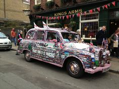 A pearly taxi! Fit for a king or queen Best Of British, Taxi, Monster Trucks, King, Queen, Cool Stuff, Fitness