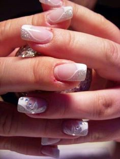 Every bride wants to have beautiful nails on her wedding day. Many women's choice is a french manicure, others prefer a simple decoration on their nails and others choose more extravagant dec…