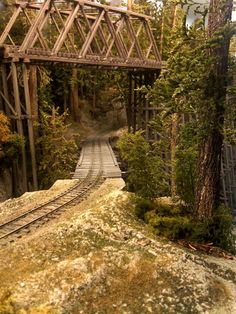 Updated Feb worked on Log Loading area backdrop, adding brush, trees and a little more depth. N Scale Train Layout, Ho Train Layouts, N Scale Trains, Ho Trains, Model Trains, Ho Train Track, Union Pacific Train, Escala Ho, Model Railway Track Plans