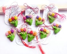 Martisoare inimioare Polymer Clay Crafts, Fondant, 8 Martie, Hamsters, School Stuff, Ethnic Recipes, Flowers, Projects, Handmade