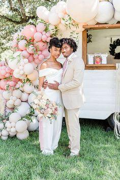 'Pastel Boho' modern balloon filled wedding inspiration. Photo: @ivettewestphotography Amazing Weddings, Unique Weddings, Real Weddings, Boho Wedding, Wedding Blog, Wedding Planner, Wedding Ideas, Creative Wedding Inspiration, Creative Photoshoot Ideas