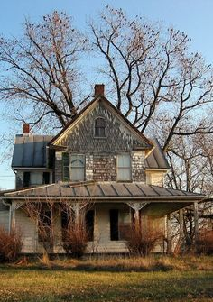 Old Farm House, its beautiful, oh the wonderful family memories that must have been made there on that big welcoming porch.                                                                                                                                                      More