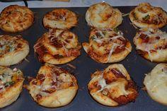 pizzás csiga 4. Baked Potato, Potatoes, Baking, Ethnic Recipes, Food, Potato, Bakken, Essen, Meals